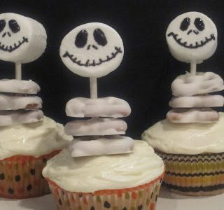 'Jack Skellington' Cupcakes and Halloween Decorations!