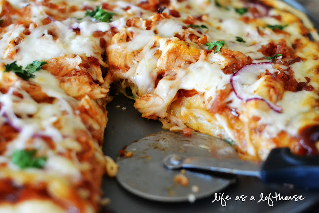 BBQ Chicken Bacon Pizza is a flavorful pizza loaded with bbq chicken, bacon, cheese, cilantro and red onion. Life-in-the-Lofthouse.com