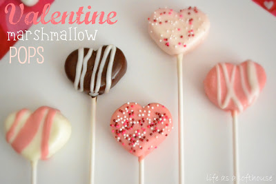 Valentine Marshmallow Pops are adorable and delicious heart-shaped marshmallows covered in Candy Melt and sprinkles. Life-in-the-Lofthouse.com