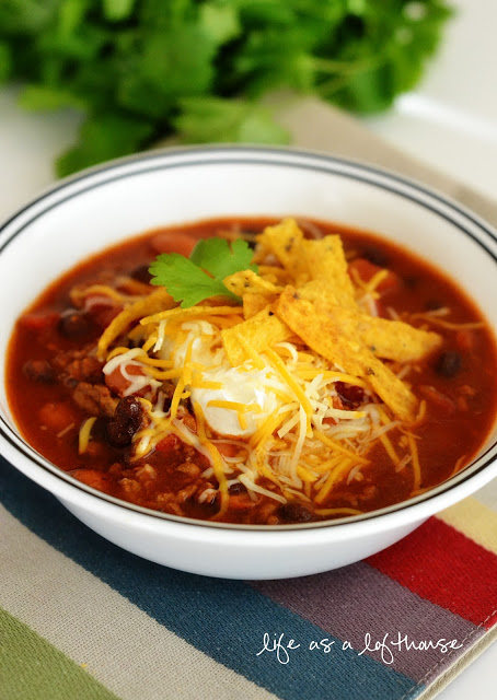 Taco Ranch Chili is chili slow cooked in the Crock Pot and full of ranch and taco flavor. Life-in-the-Lofthouse.com