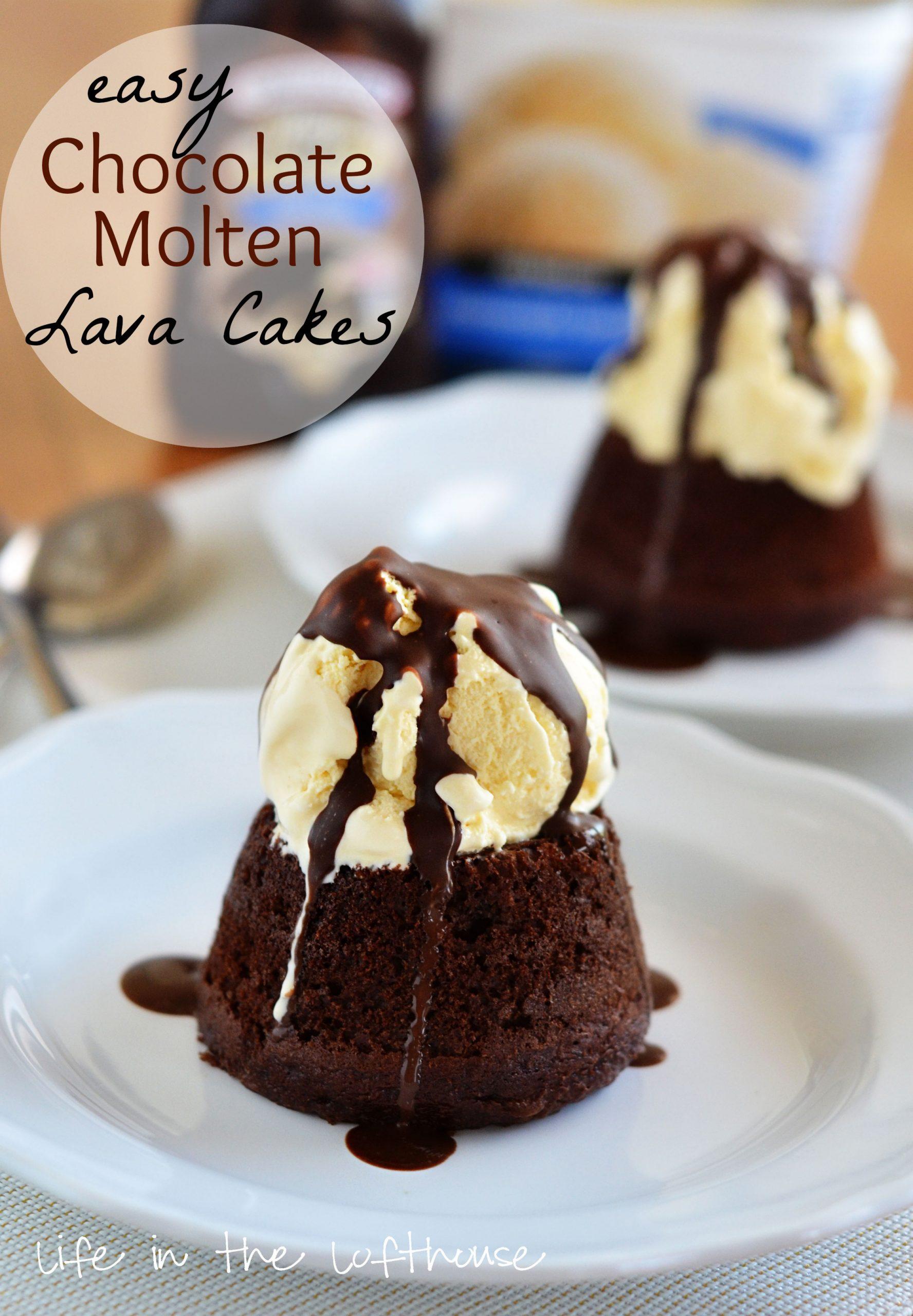 molten chocolate cakes with biscoff mug cake biscoff molten lava cakes ...