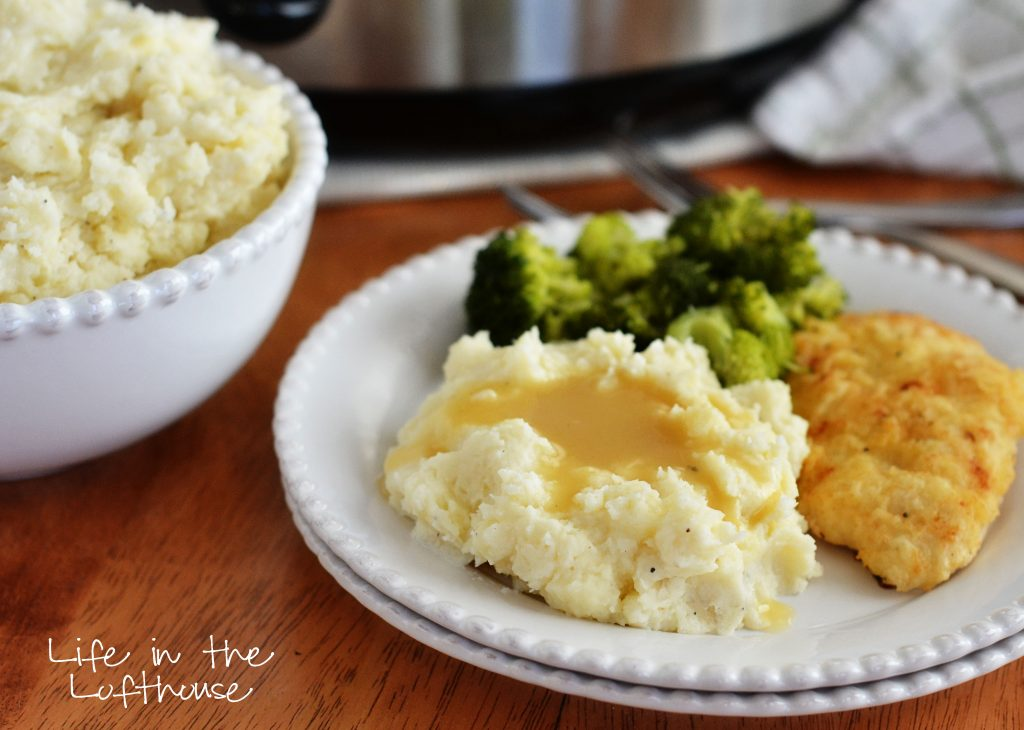Creamy and buttery mashed potatoes cooked in the Slow Cooker. Life-in-the-Lofthouse.com