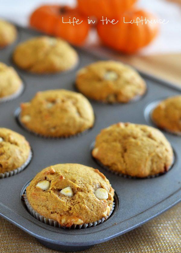 white-choc-pumpkin-muffins1