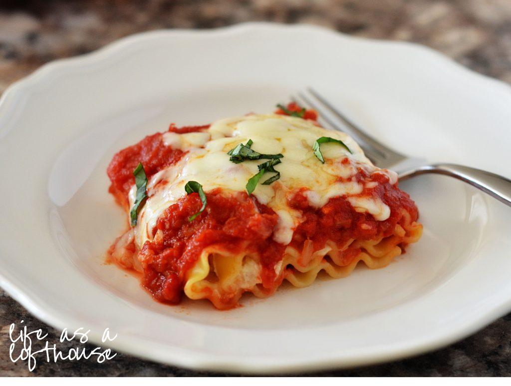 caprese-lasagna-roll-ups-2a
