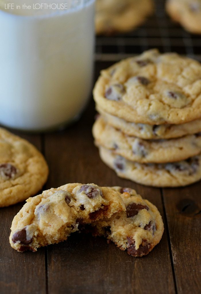 Soft and chewy chocolate chip cookies made from Bisquick. Life-in-the-Lofthouse.com