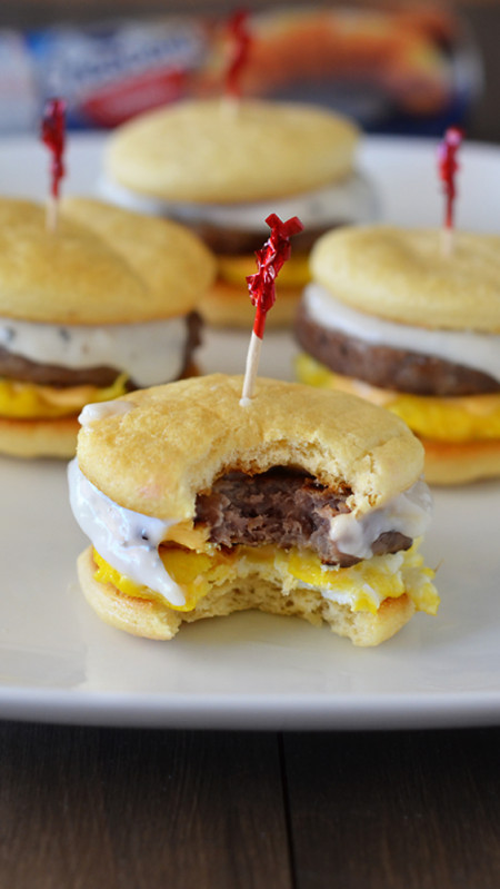 Crescent buns, sausage patties, cheeseand creamy gravy make up theselittle breakfast sliders. Life-in-the-Lofthouse.com