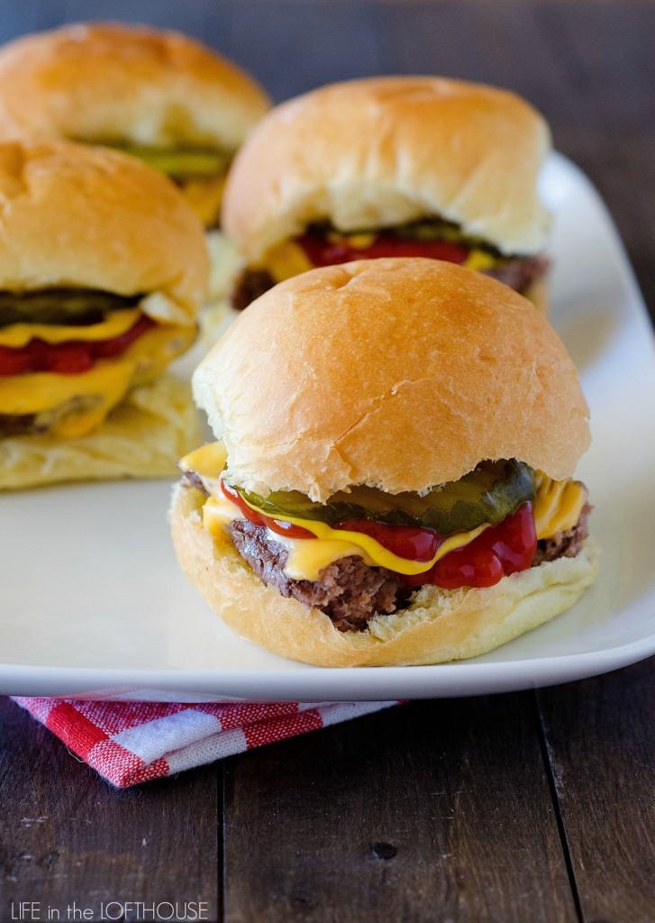 Cheeseburger_SlidersLifeInTheLofthouse