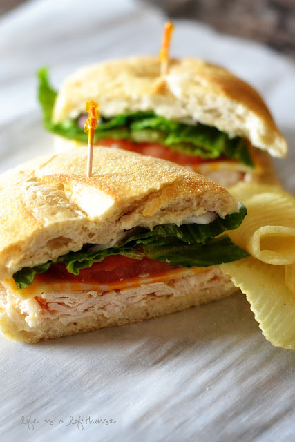 chicken-caesar-sandwich