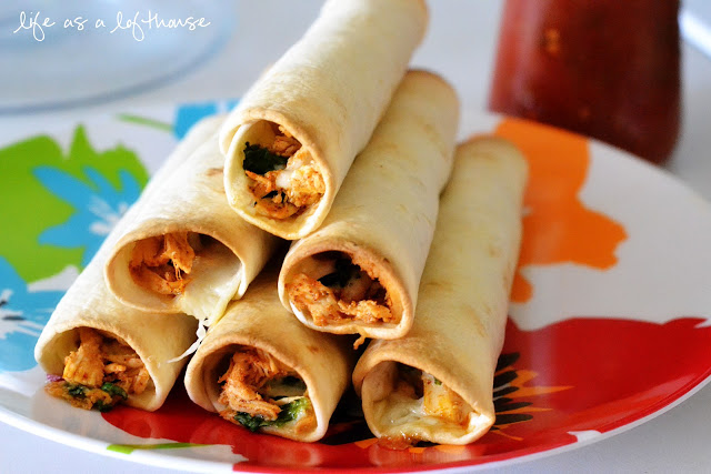 Baked_Chicken_Spinach_Flautas