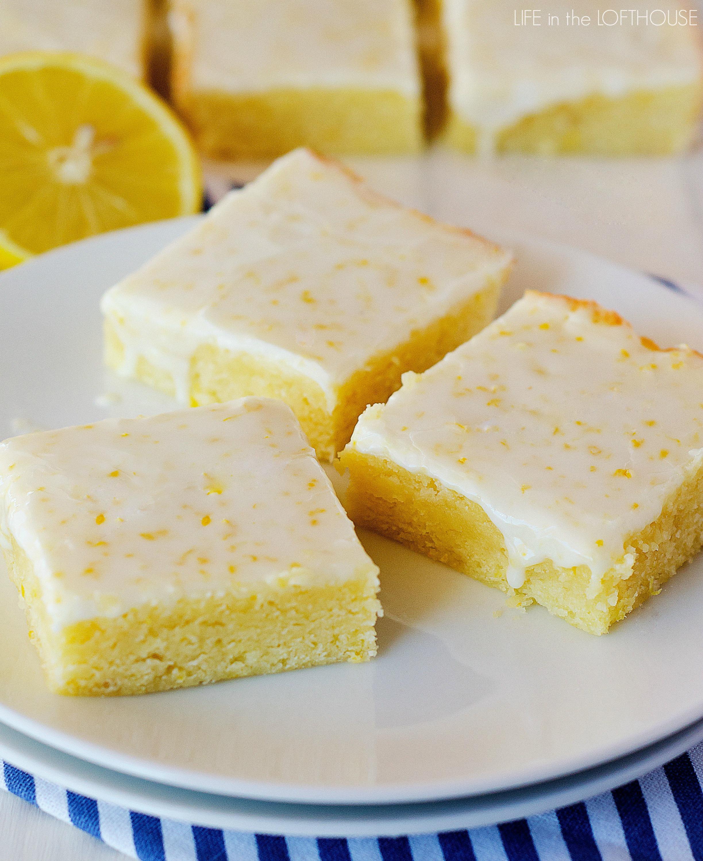 Strawberry Lemon Cake Bars With Lemon Glaze