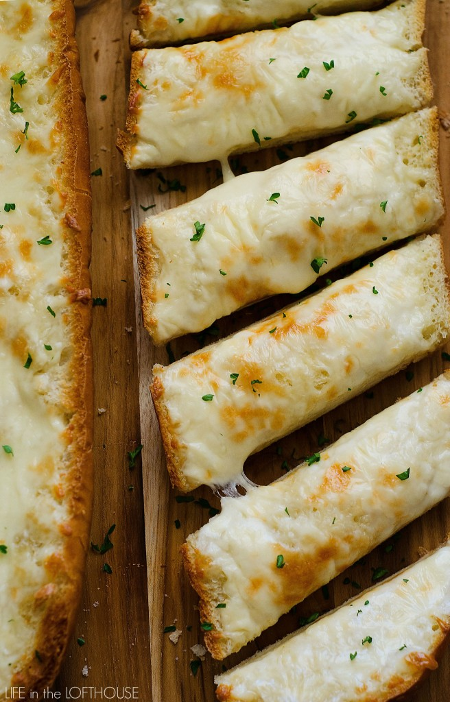 Cheesy_Garlic_Bread_Main