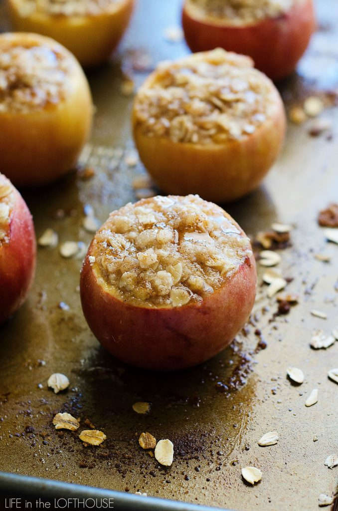 Apple Crisp Stuffed Baked Apples
