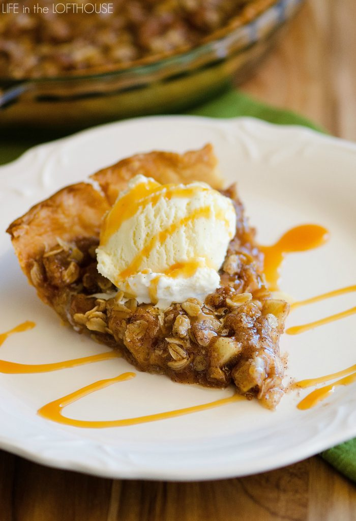 Apple_Crisp_DeepDish_Pizza1