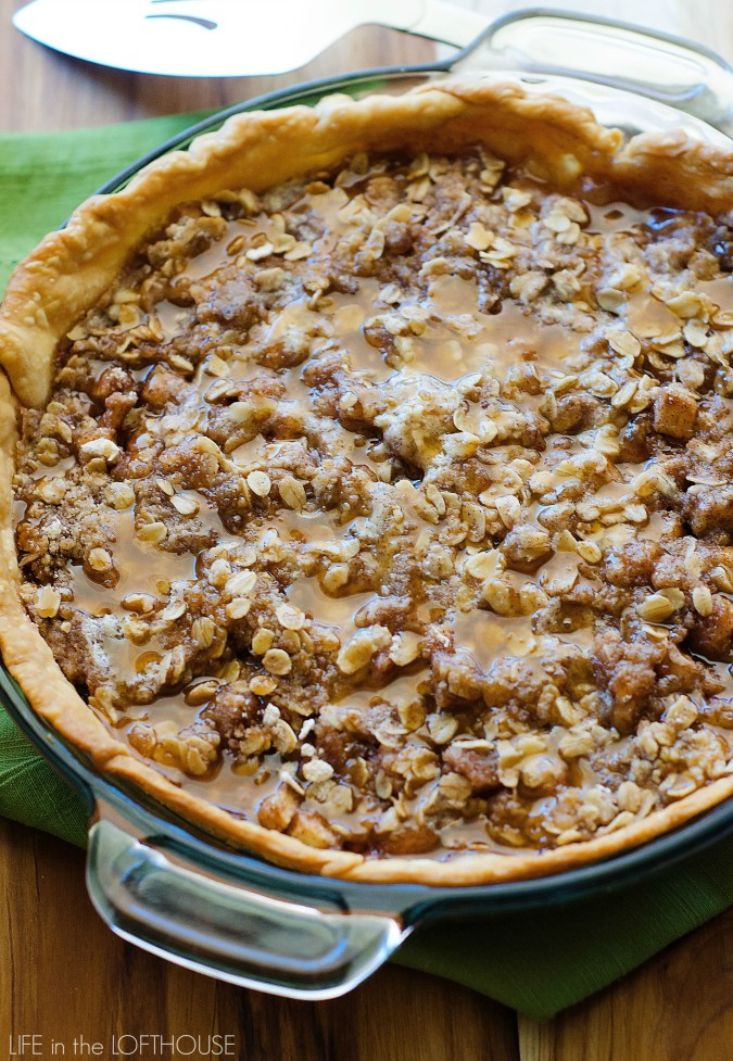 Deep dish apple crisp has an extra thick layer of apples, cinnamon, and sugary oats over a flaky pie crust. Life-in-the-Lofthouse.com