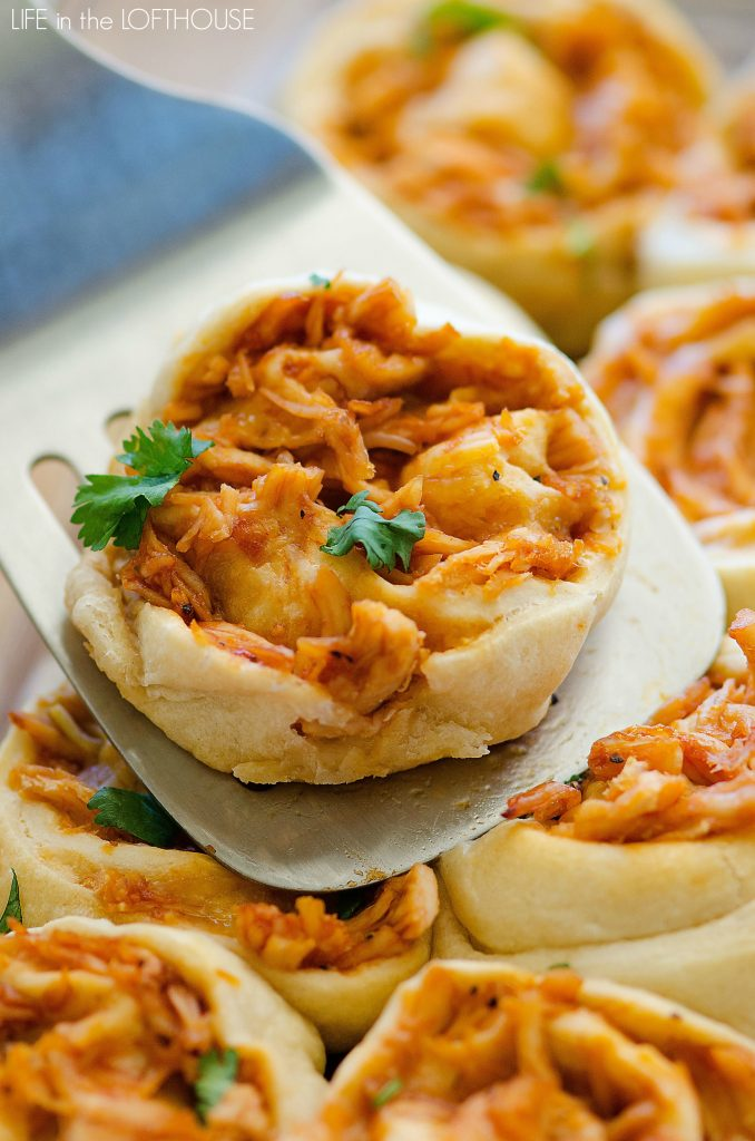 BBQ chicken rollups is delicious shredded BBQ Chicken and Colby-Jack cheese that is rolled up in pizza dough. Life-in-the-Lofthouse.com