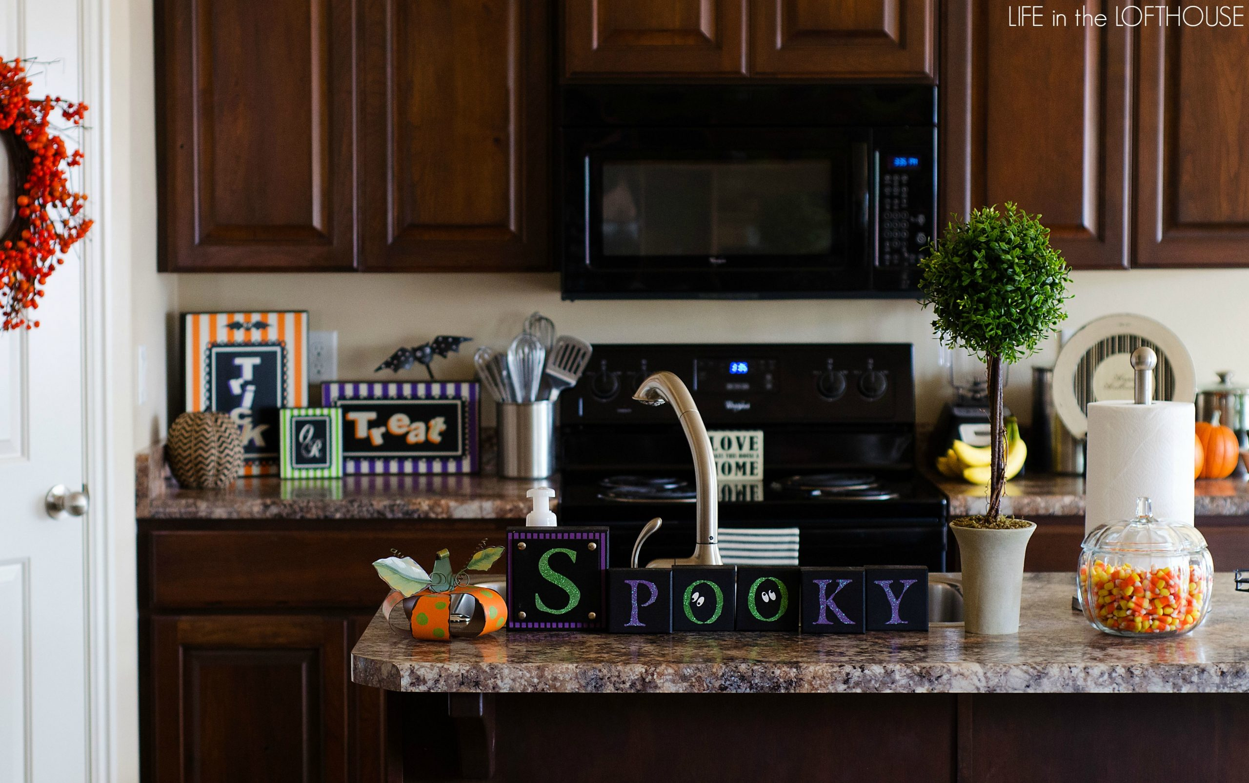 Halloween kitchen decor - Halloween_decor6