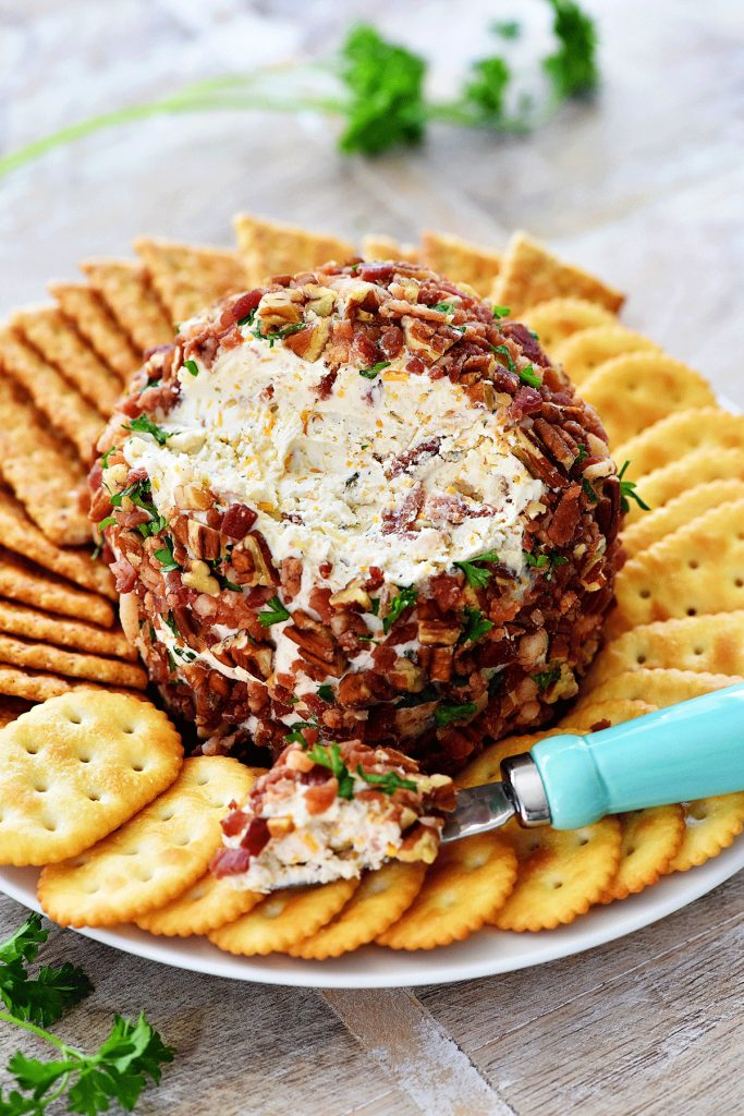 Bacon Ranch Cheese Ball is a creamy cheese ball filled with bacon, pecans and parsley. Life-in-the-Lofthouse.com