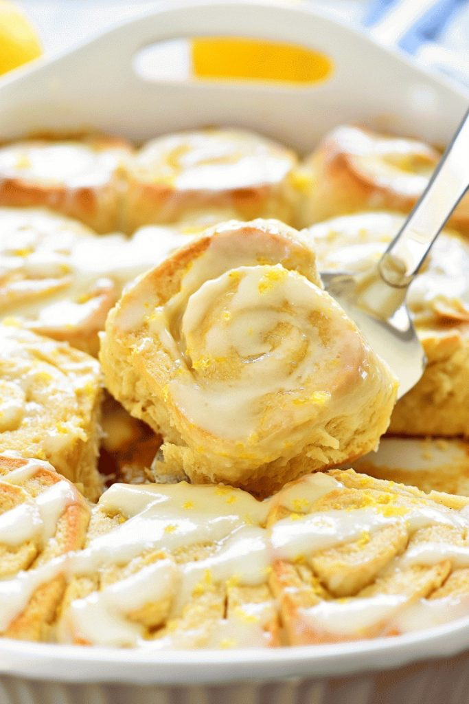 Sticky Lemon Rolls with Lemon Cream Cheese Glaze are gooey, soft and delicious rolls full of lemon flavor topped with a lemon cream cheese glaze. Life-in-the-Lofthouse.com