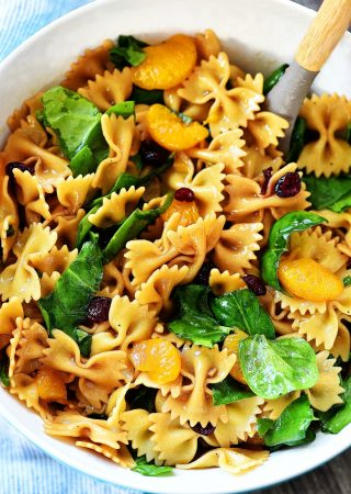 Mandarin Orange Spinach Pasta Salad