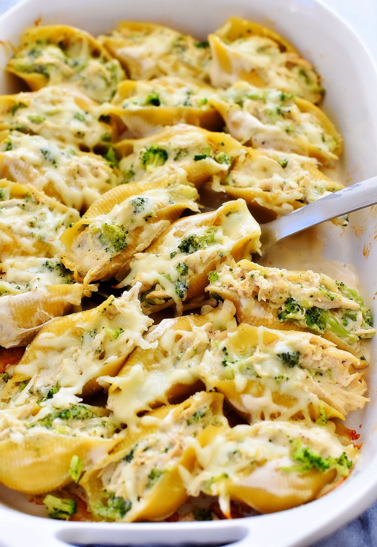Chicken Broccoli Alfredo Stuffed Shells Life In The Lofthouse