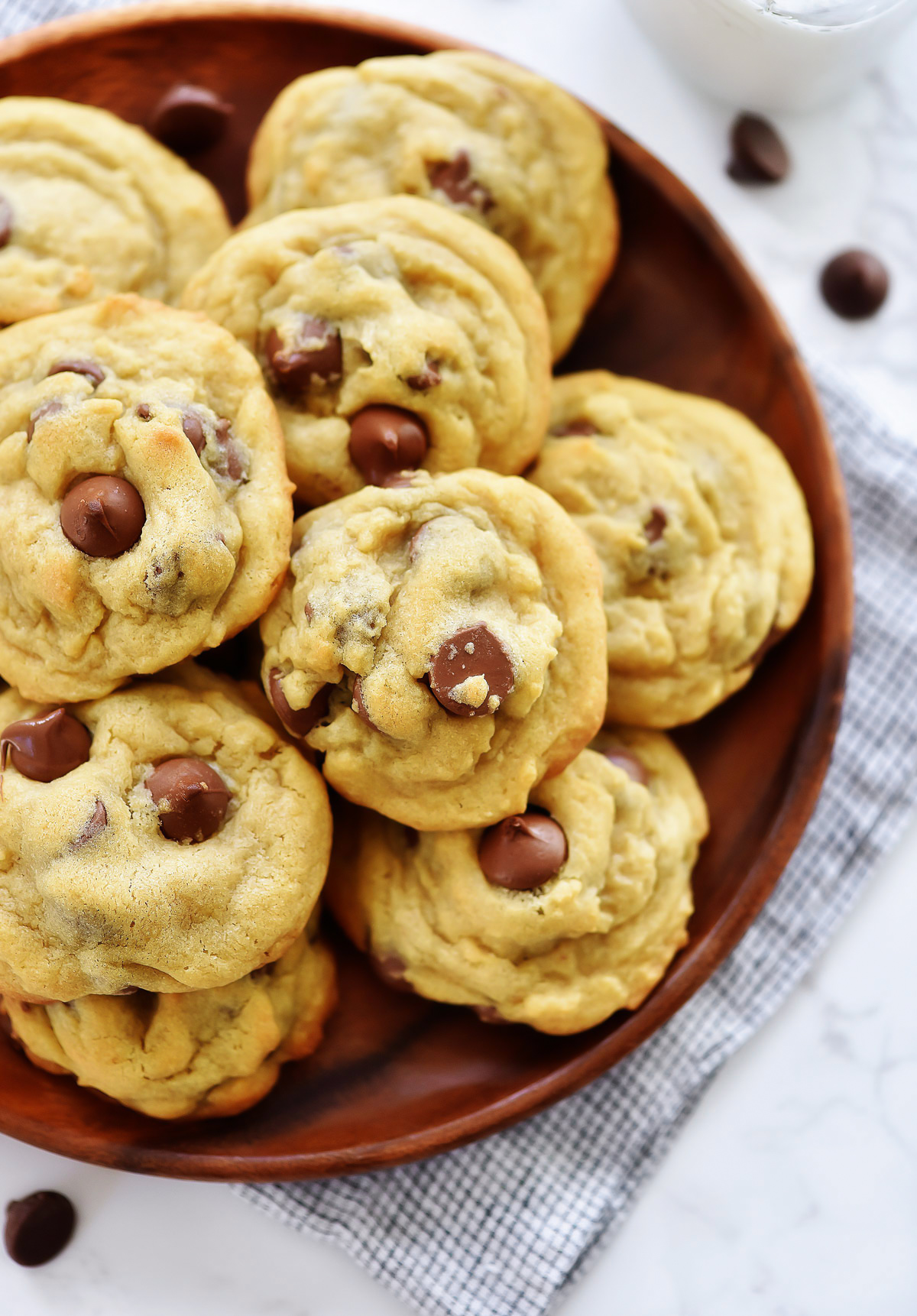 Chocolate Chip Pudding Cookies are delicious, soft chocolate chip cookies made with vanilla pudding mix. Life-in-the-Lofthouse.com